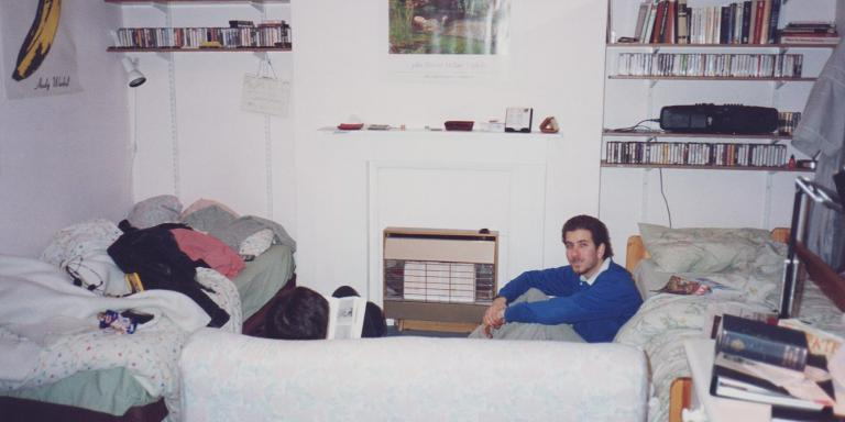 Elliot and roommate Jordan relax in their Islington flat