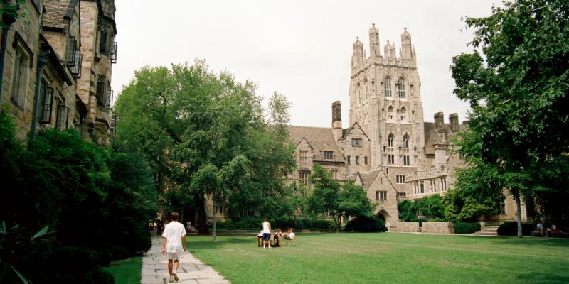 Students on a Yale College quad